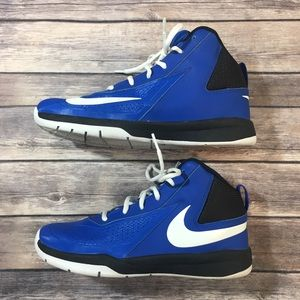 Nike Boys Youth Blue Team Hustle High Top Shoes 7